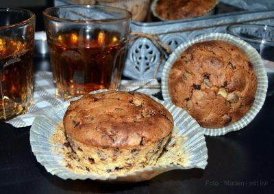 Lækre muffins med chokolade og knuste makroner…