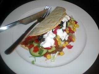 Tortilla sandwich med spicy oksekød…