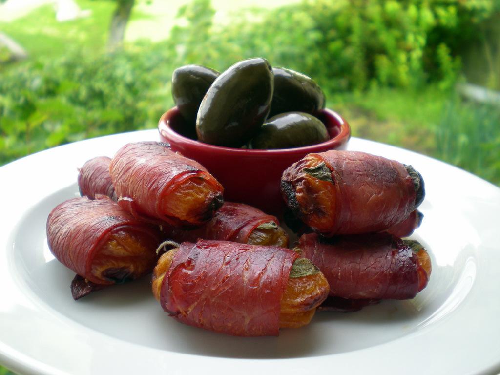 Tørrede abrikoser med lufttørret skinke og salvie…