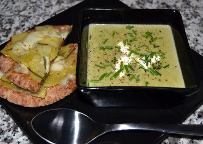 Lækker og cremet grønærtesuppe…