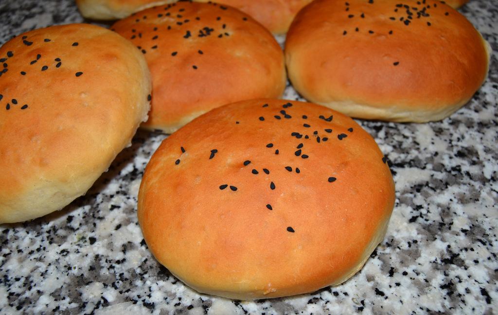Lette og luftige burgerboller…