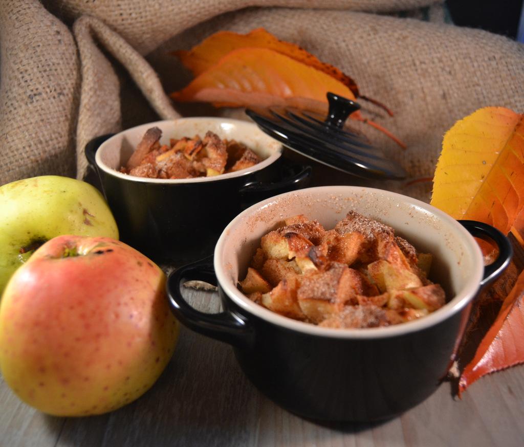 Breadpudding med æble og kanel…