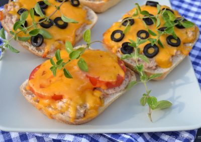 Tuna melts med cheddarost…
