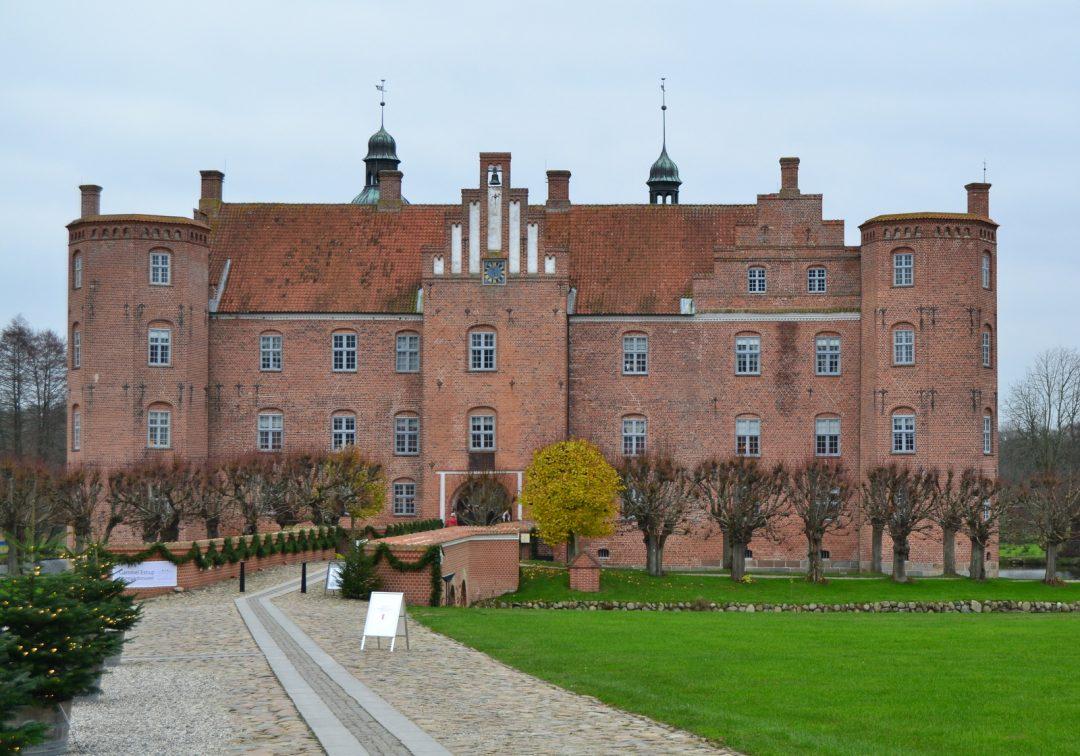 Julemarked på Gl. Estrup slot…