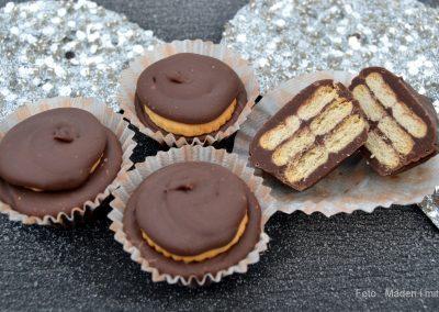 Mini kiksekager med saltkiks og chokolade-karamel trøffel…