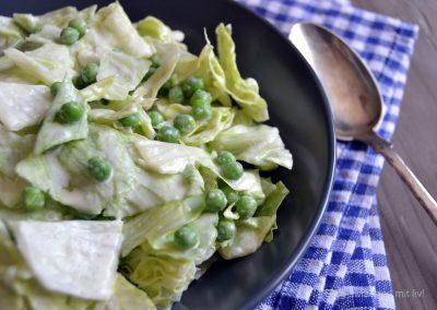 Grøn salat med mormordressing…