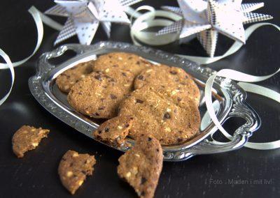 Sprøde chokoladespecier med hasselnødder…