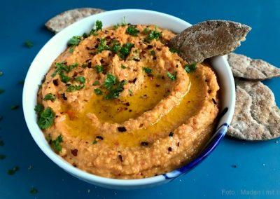 Lækker cremet chilihummus…